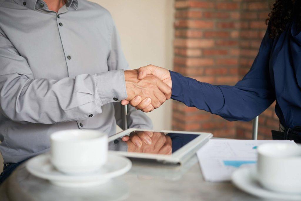 10 przykazań skutecznej rozmowy z klientem